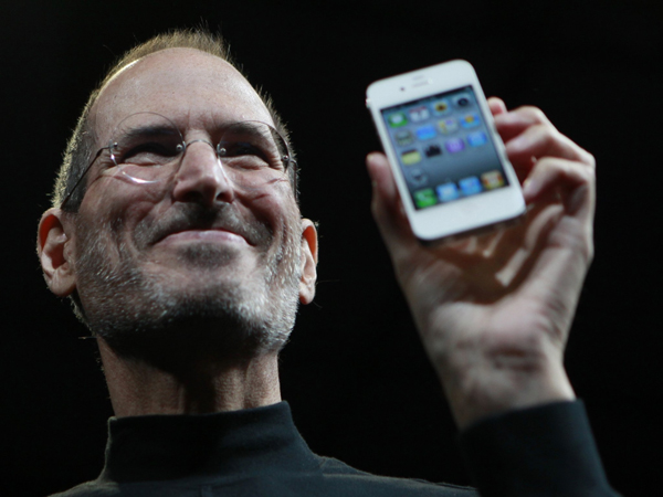 Steve Job presenta el iPhone