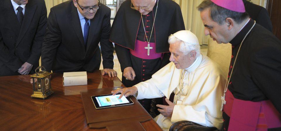 La creación de @Pontifex animó a los cardenales a Twitter